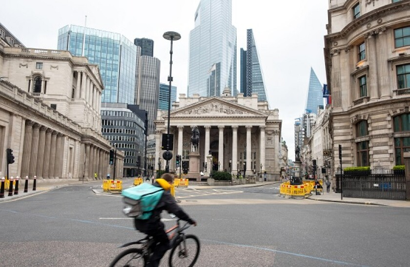 City_london_deliveroo_rider_alamy_575x375_April8.jpg