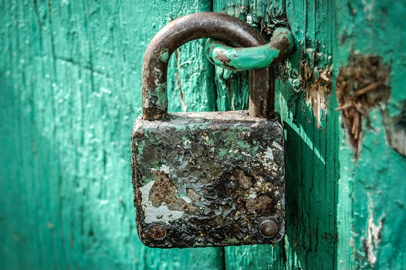 padlock-old-rusty-780