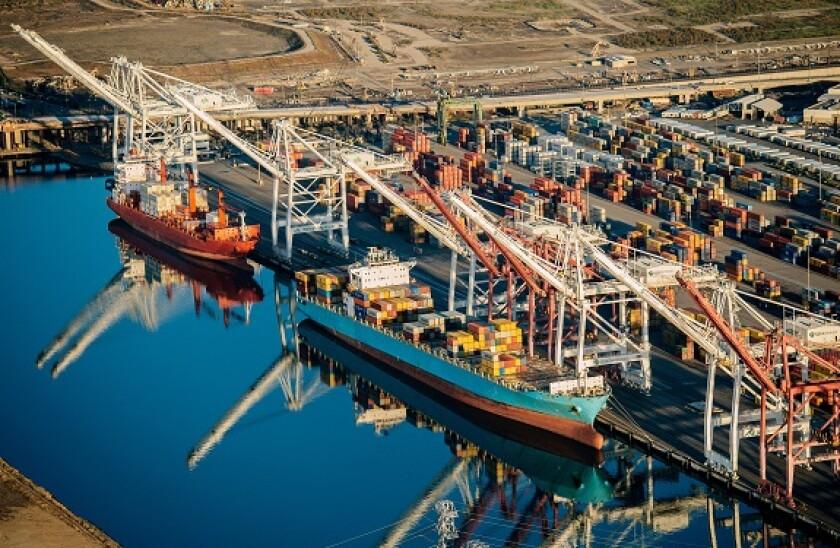 shipping_LA_port_575x375_Alamy_April29.jpg