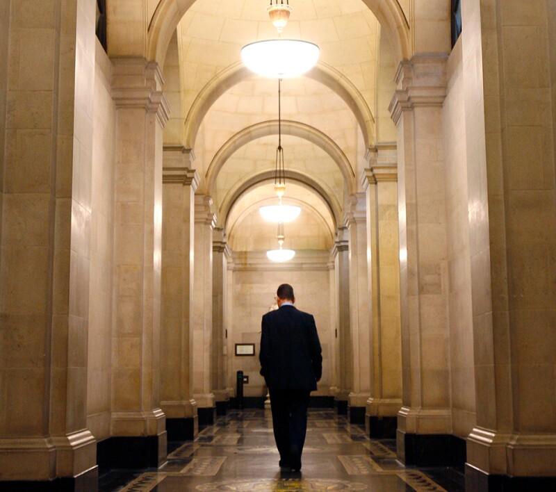 Bank-of-England-corridor-Reuters-960.jpg